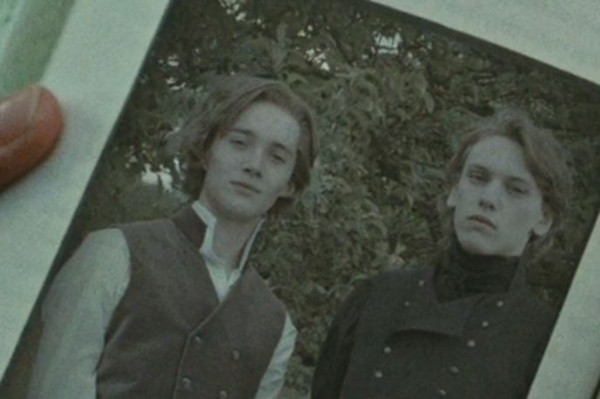 Toby Regbo Young Dumbledore